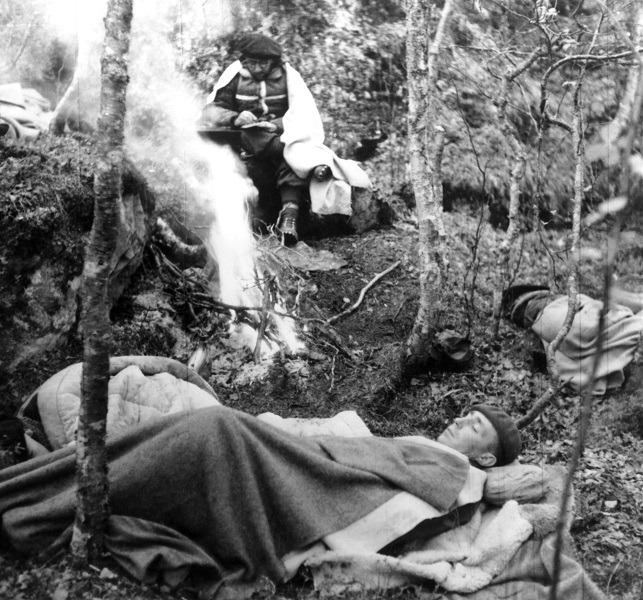 french-resistance-encampment